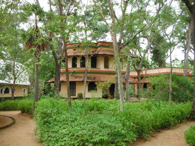 Auroville 6.jpg